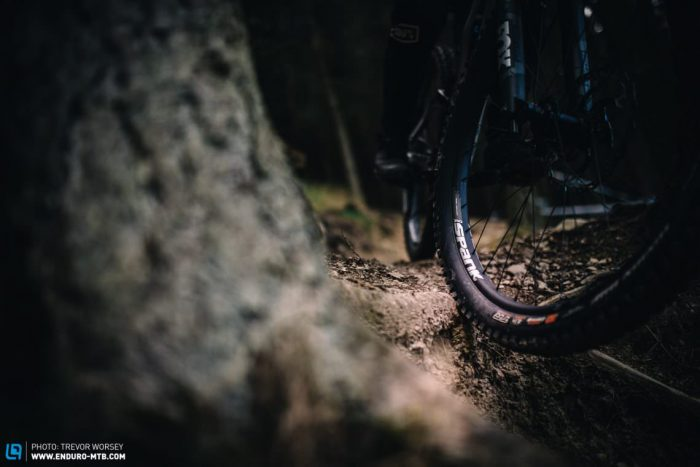how to find the perfect tire pressure for your mountain bike   enduro mountainbike magazine