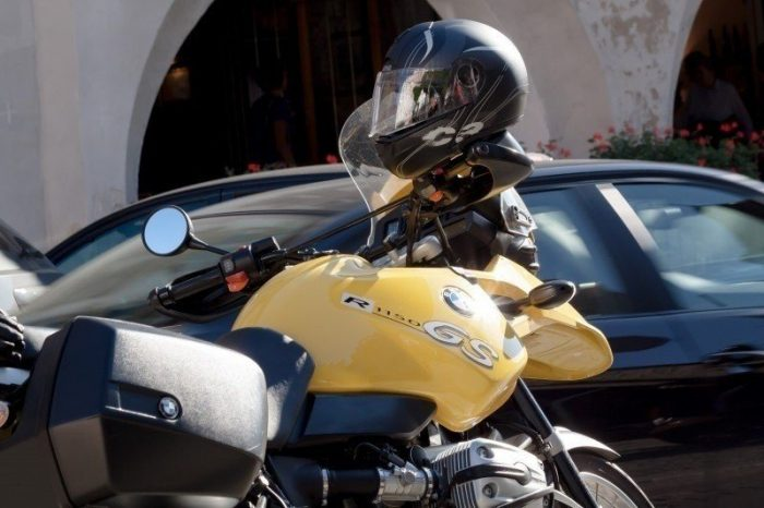 understanding u.s. motorcycle helmet laws by state (all you want to know is here).