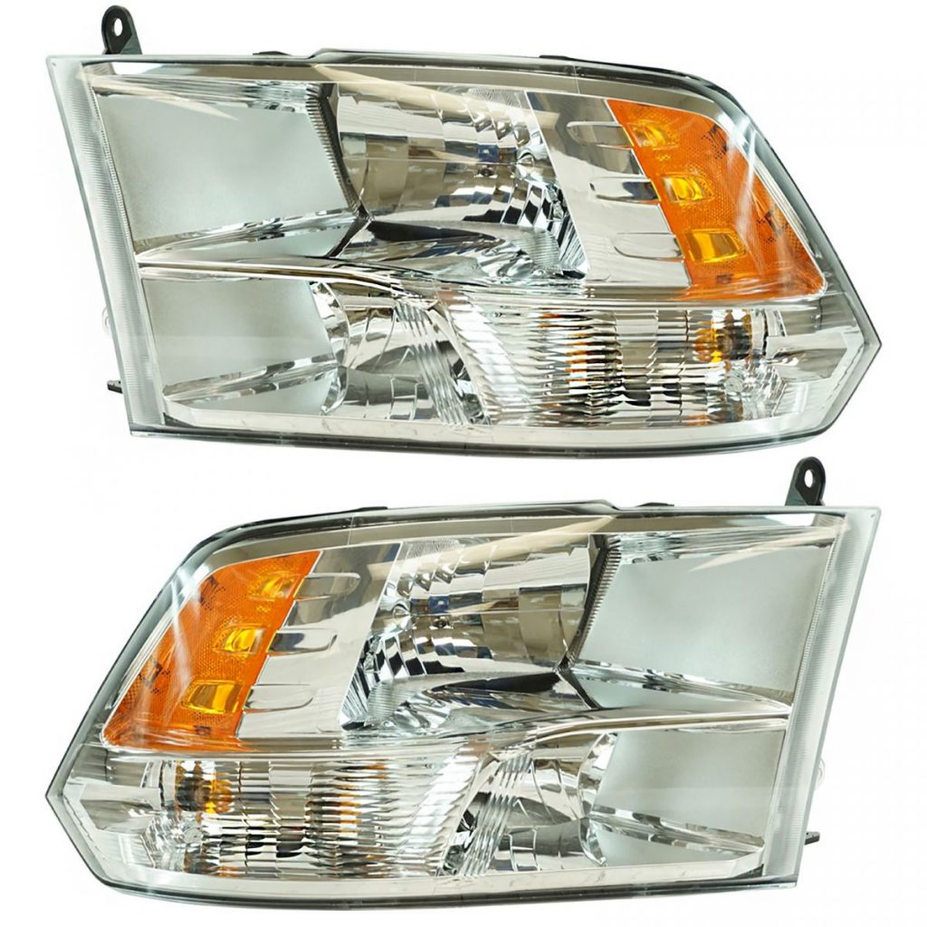 what type of headlight bulbs for a 2017 dodge ram 1500