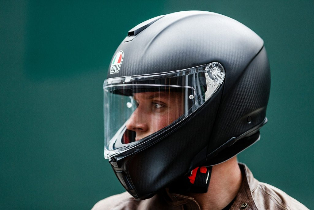 Which Helmet Standard is the Best? Snell, DOT, ECE, SHARP, or FIM? – AGV SPORT