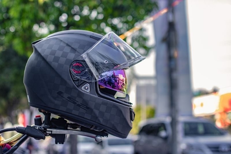 Do Helmets Prevent Injuries in Motorcycle Crashes?