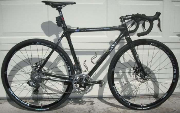 Can I put road tyres on a cyclocross bike?   Halfords UK