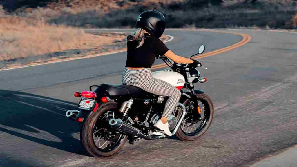 The Top 5 Quietest Motorcycle Helmets That You Can Buy: 2019