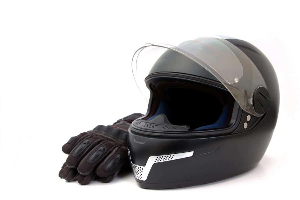 Motorcycle Helmet Relining Service In The USA (All You Need To Know!) – Cars & Amazing Automotive Stuff.
