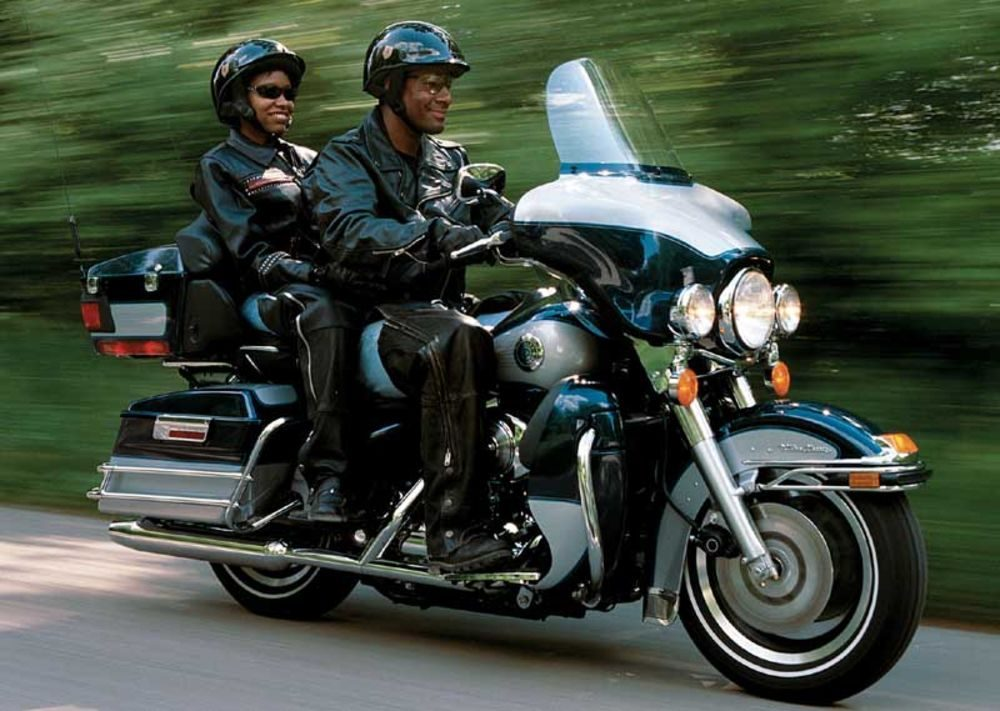 Transporting helmet on chieftain – how