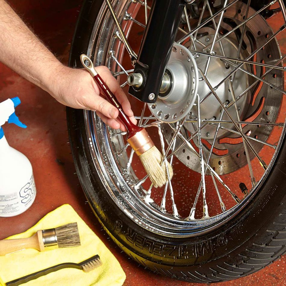 detailing motorcycle tires