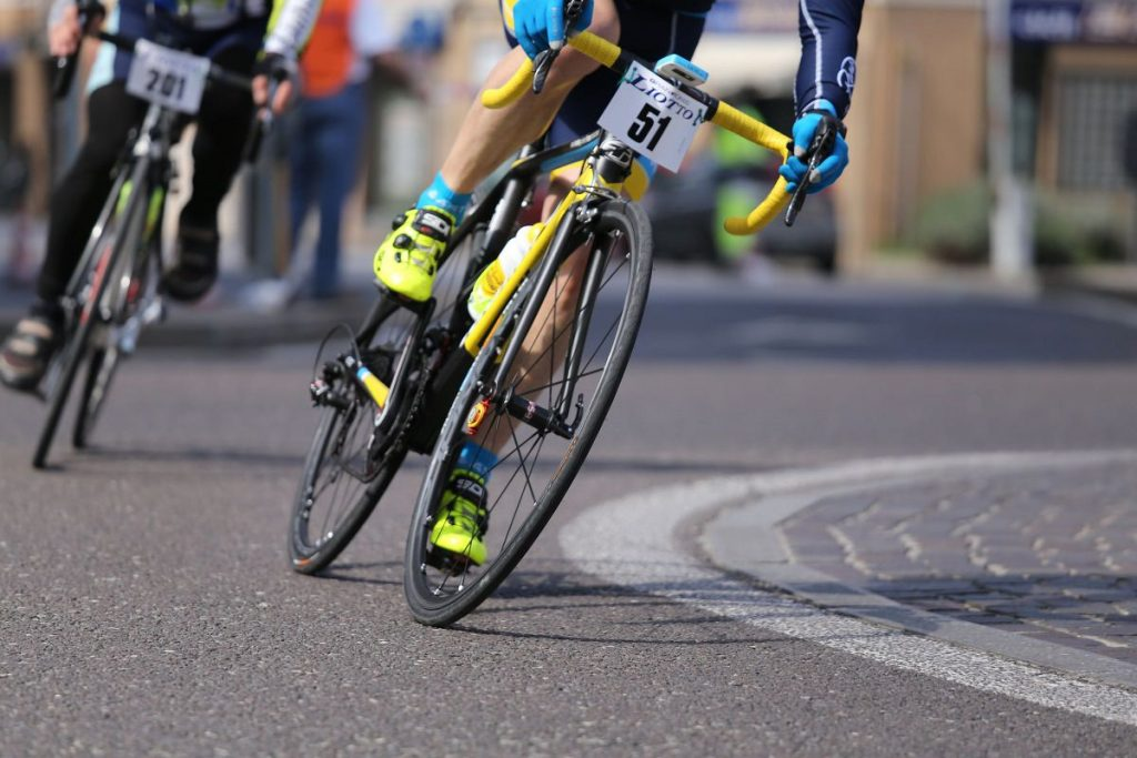 How to set up road tubeless tyres